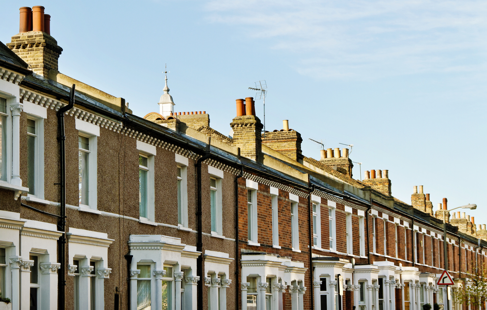 Confidence in UK housing market stuck at lowest level in five years